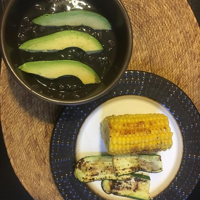 """Las Tres Hermanas (""""The Three Sisters"""") for dinner. This cropping system indigenous to North and Central America is how our ancestors sustained the soil and sustained themselves. The combination of corn and beans maximizes protein quality since there is an abundance of essential amino acids to form protein in the body. Individually, they are incomplete proteins since neither has all nine essential amino acids essential to human diets. In fact, the Iroquois believe that the three plants must always be together because the plants are """"guarded by three inseparable spirits and would not thrive apart."""" 💚🌽 . . . We are a part of the Earth, not separate from Her. So of course I feel completely nourished by this delicious dinner and so does my little family! Everybody here devoured. 🙏🏽🙌🏽 #decolonizeyourdiet  #40dayhealingjourney  #ancestralfoods #culturallyappropriate #organic #heaven"""