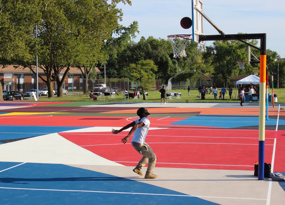 basketball-courts-william-lachance_dezeen_2364_col_5.jpg