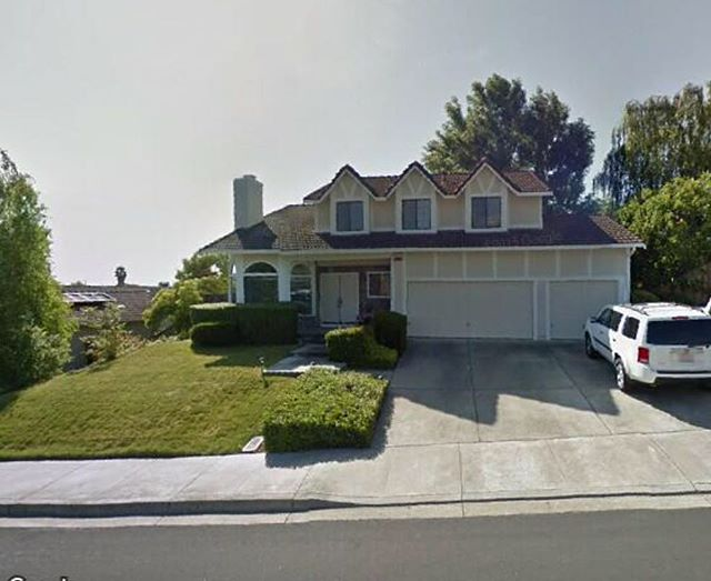 Here is a sneak peek into our newest listing coming soon! (Grainy photo but our professional photos will be taken tomorrow!) . Located in Dublin, this home is being listed at $1,125,000 and worth every dime! It has 3 bedrooms, 2.5 bathrooms with over 2,300 sqft of living space on a 9,700 sqft lot. This is not an easy find in the East Bay! . Message us or call us at 510-909-8344 and ask for James to answer any questions. . #shamrockrealtors #eastbayrealtors #bayarearealtors #esmeyerteam #dublin #comingsoon #newlisting