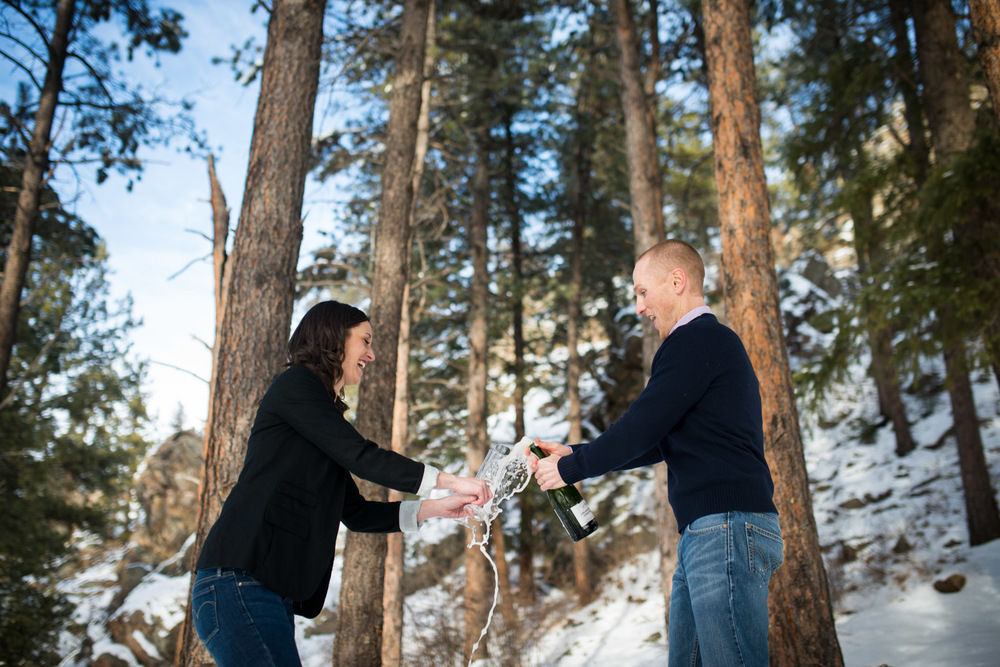 colorado-adventurous-engagement-photography-13.jpg