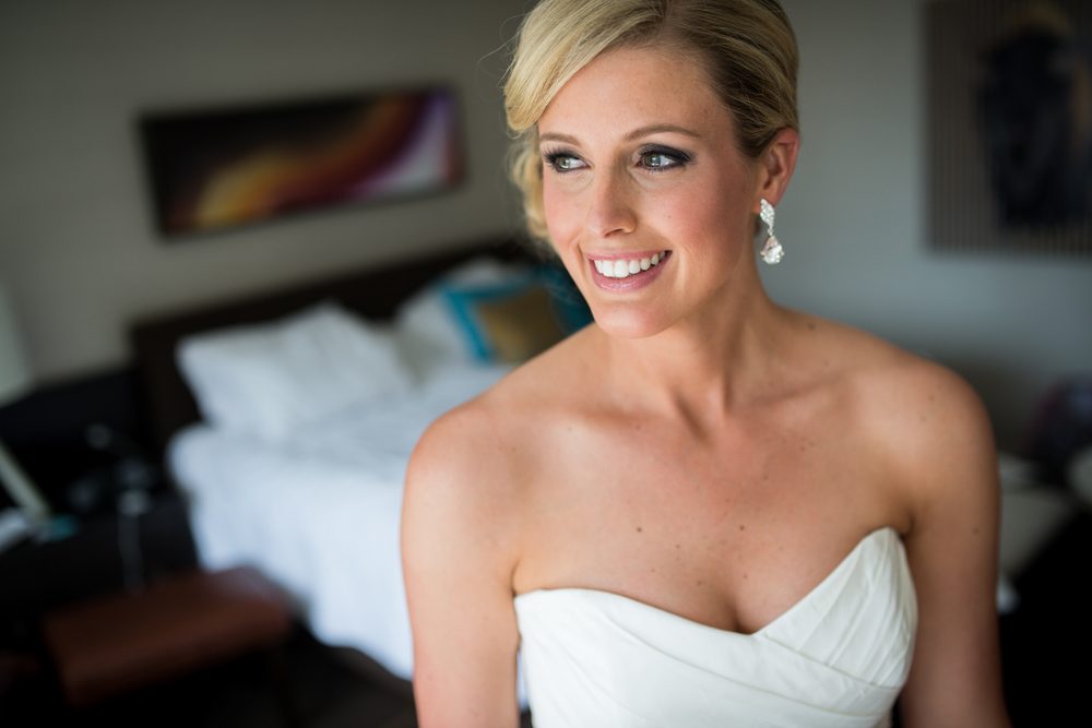 bride gets ready in Grand Hyatt Denver room