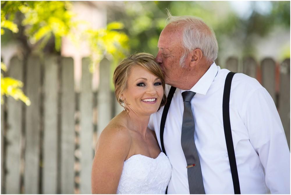 Windsor-colorado-backyard-wedding-photography-_0033.jpg