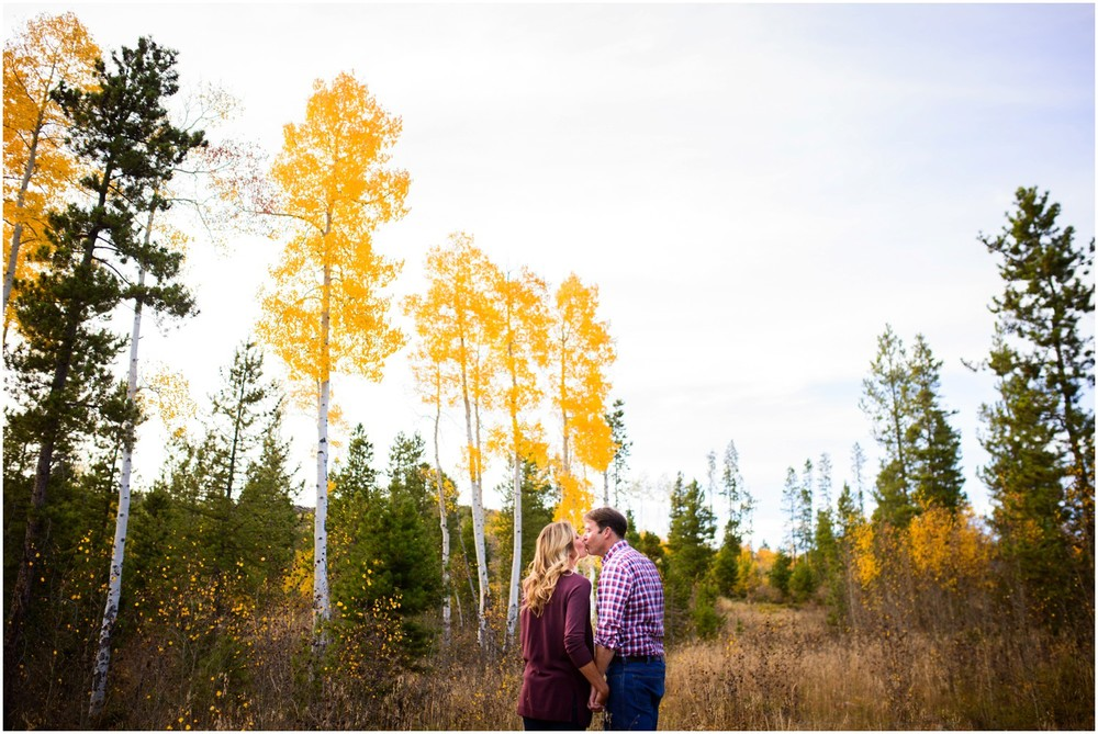 95-grand-lake-fall-engagement-photography.jpg