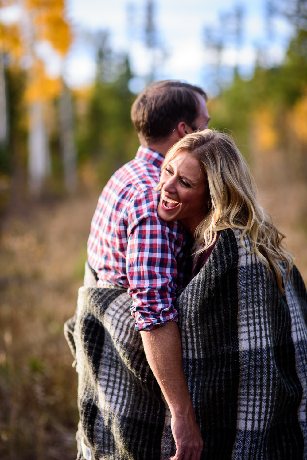 90-grand-lake-fall-engagement-photography.jpg