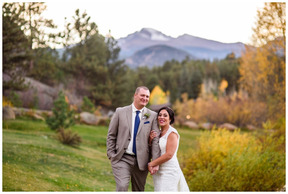 Estes-Park-Colorado-mountain-fall-wedding_0112.jpg