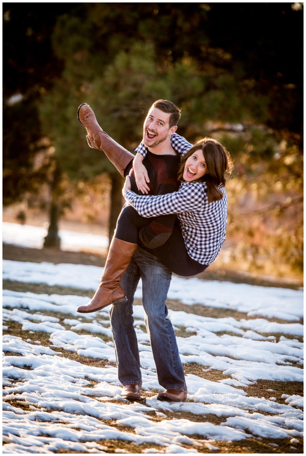 Downtown-Denver-Winter-Engagement-photography_0024.jpg