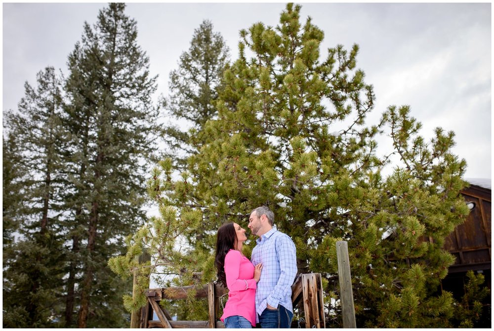 evergreen-colorado-winter-engagement-photography_0013.jpg