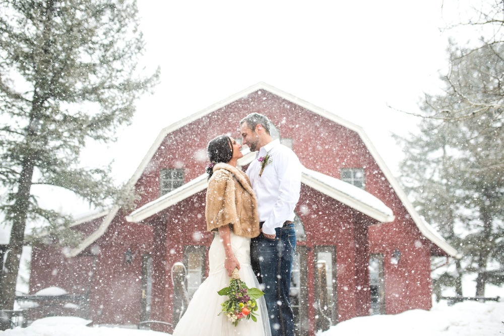 Evergreen-mountain-winter-wedding-photography_0024.jpg
