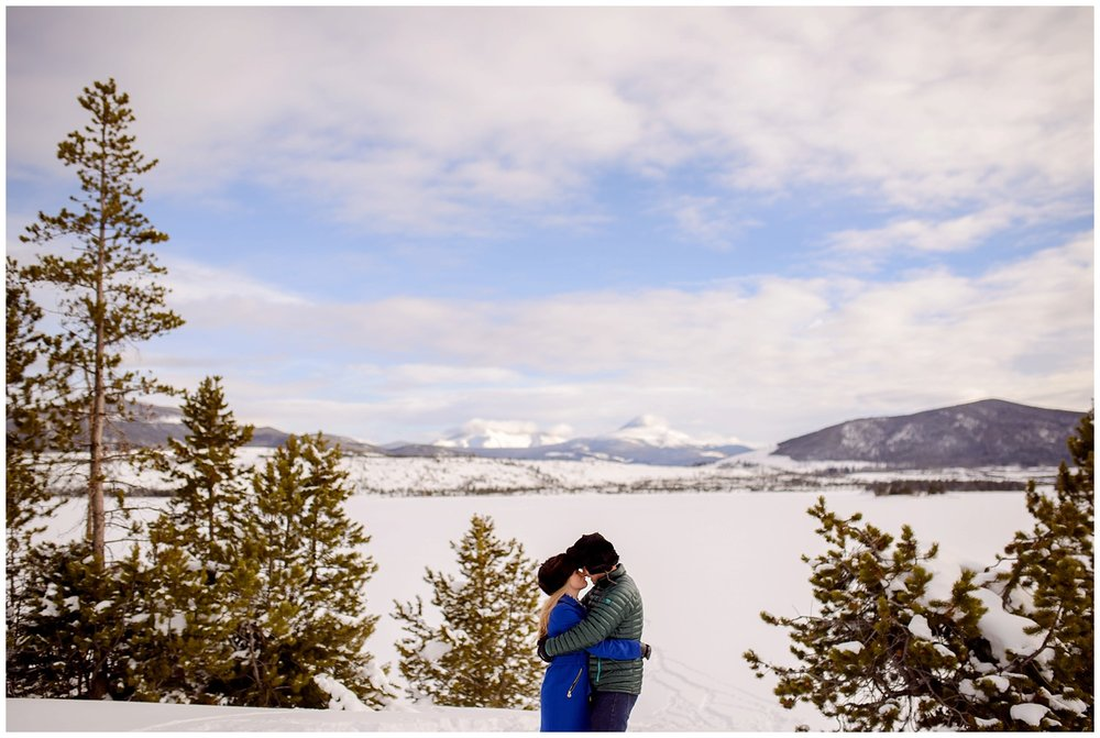 Breckenridge-Frisco-colorado-winter-engagement-photos_0017.jpg