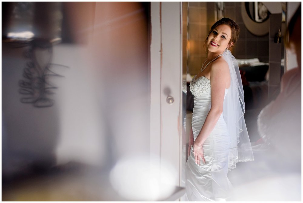 Della-terra-Colorado-winter-wedding-photography_0039.jpg