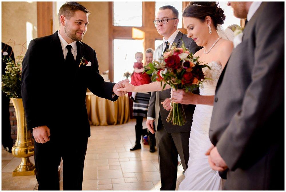 Della-terra-Colorado-winter-wedding-photography_0059.jpg