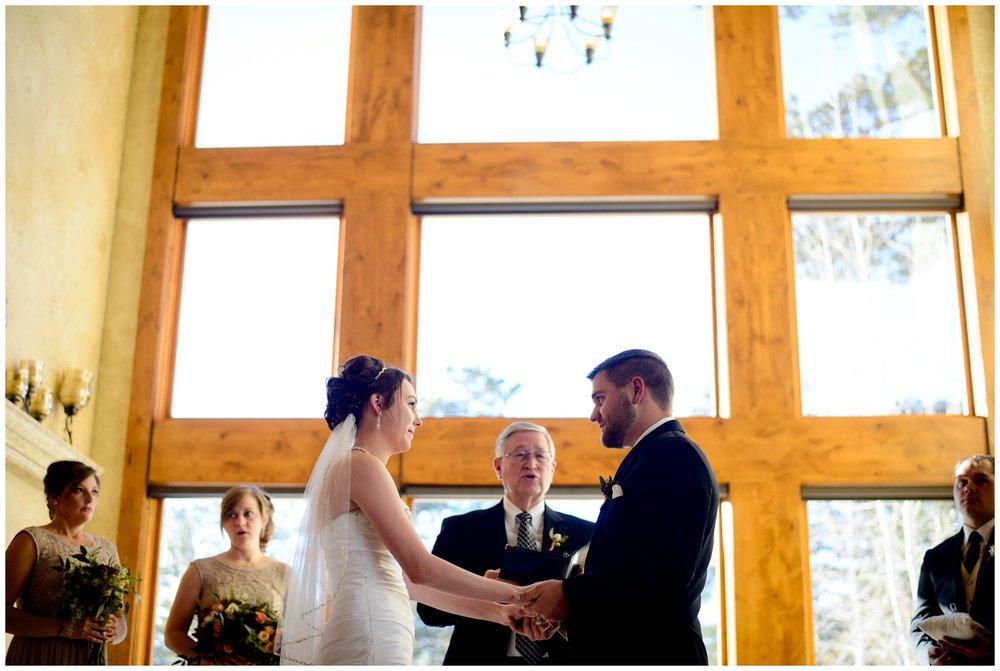 Della-terra-Colorado-winter-wedding-photography_0066.jpg