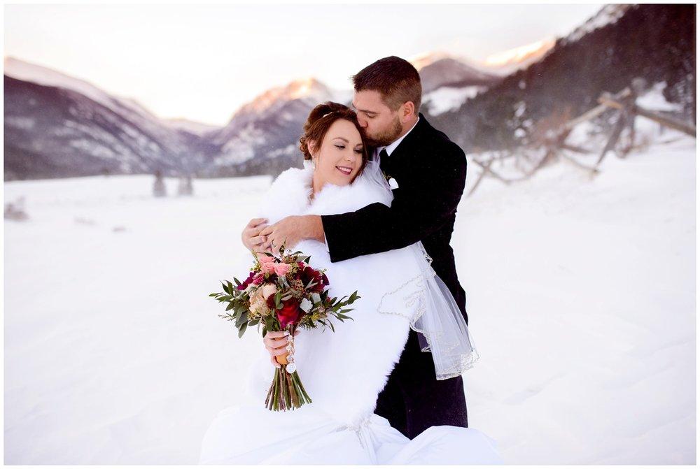 Della-terra-Colorado-winter-wedding-photography_0093.jpg