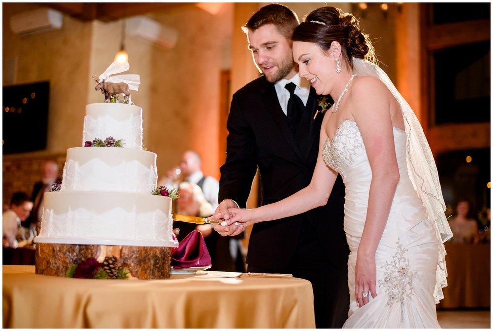Della-terra-Colorado-winter-wedding-photography_0122.jpg
