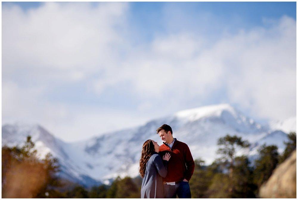 Rocky-mountain-national-park-winter-engagement_0011.jpg