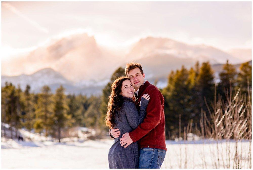 Rocky-mountain-national-park-winter-engagement_0021.jpg