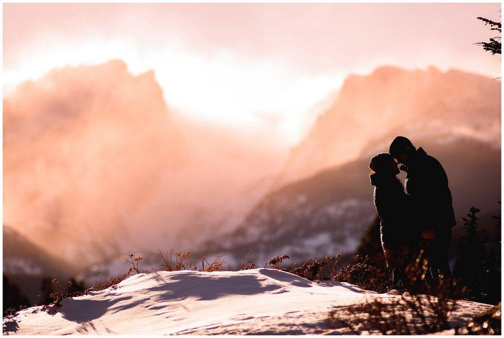 Rocky-mountain-national-park-winter-engagement_0030.jpg