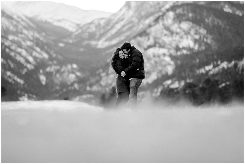 Rocky-mountain-national-park-winter-engagement_0043.jpg