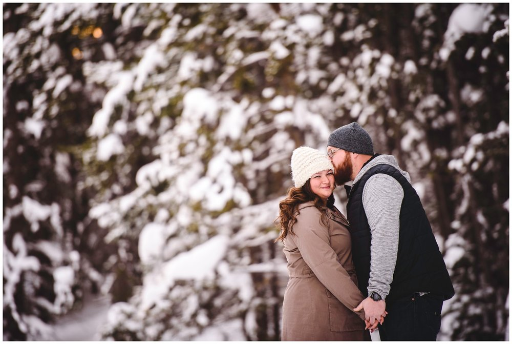 Lake-dillon-colorado-winter-engagement-photography_0008.jpg