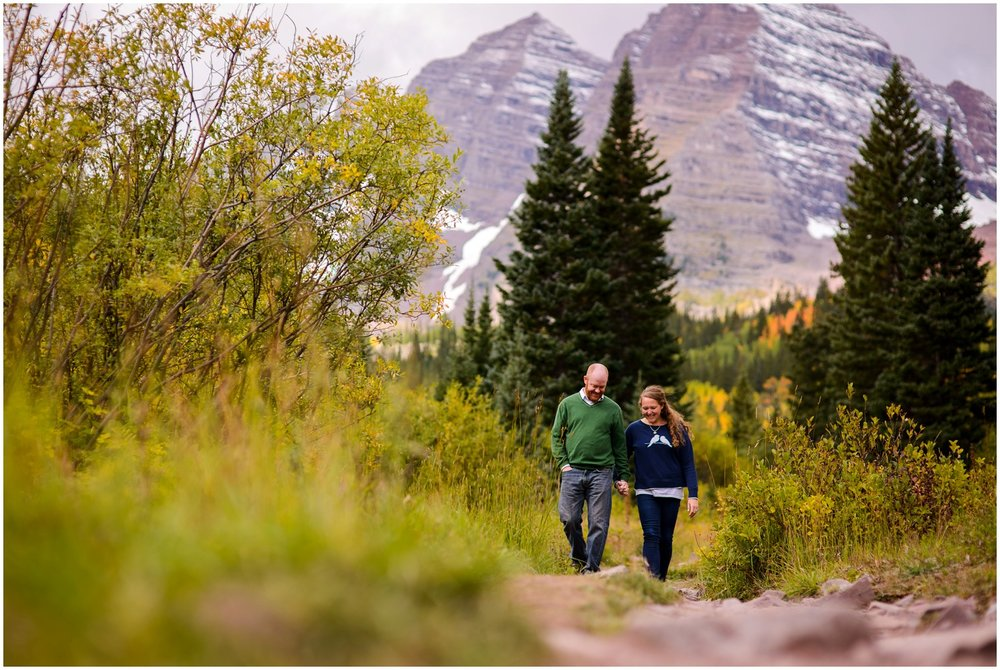 walking couple at Maroon Bells