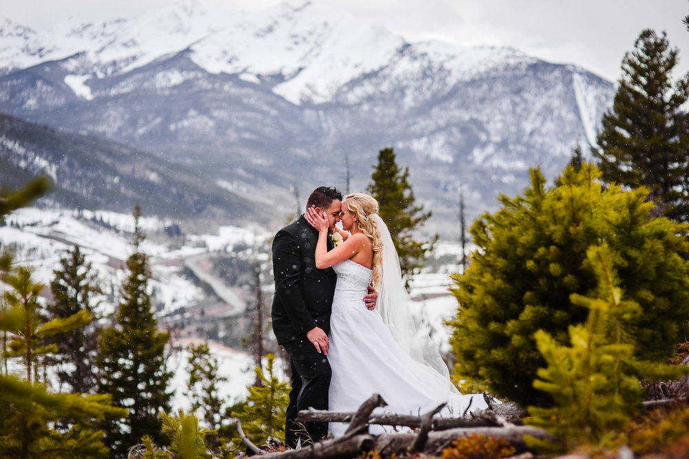 612-sapphire-point-breckendridge-wedding.jpg
