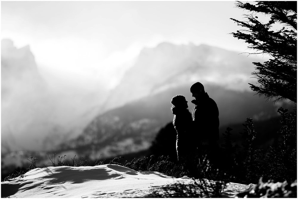25-Rocky-mountain-national-park-engagement-photos-bw.jpg