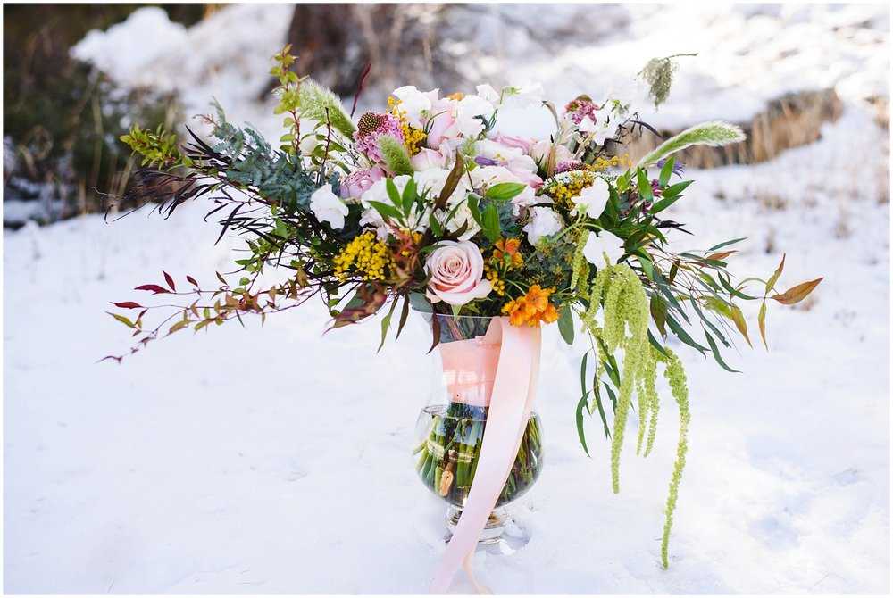 Evergreen-colorado-winter-boho-lesbian-wedding_0007.jpg