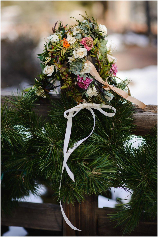 Evergreen-colorado-winter-boho-lesbian-wedding_0006.jpg