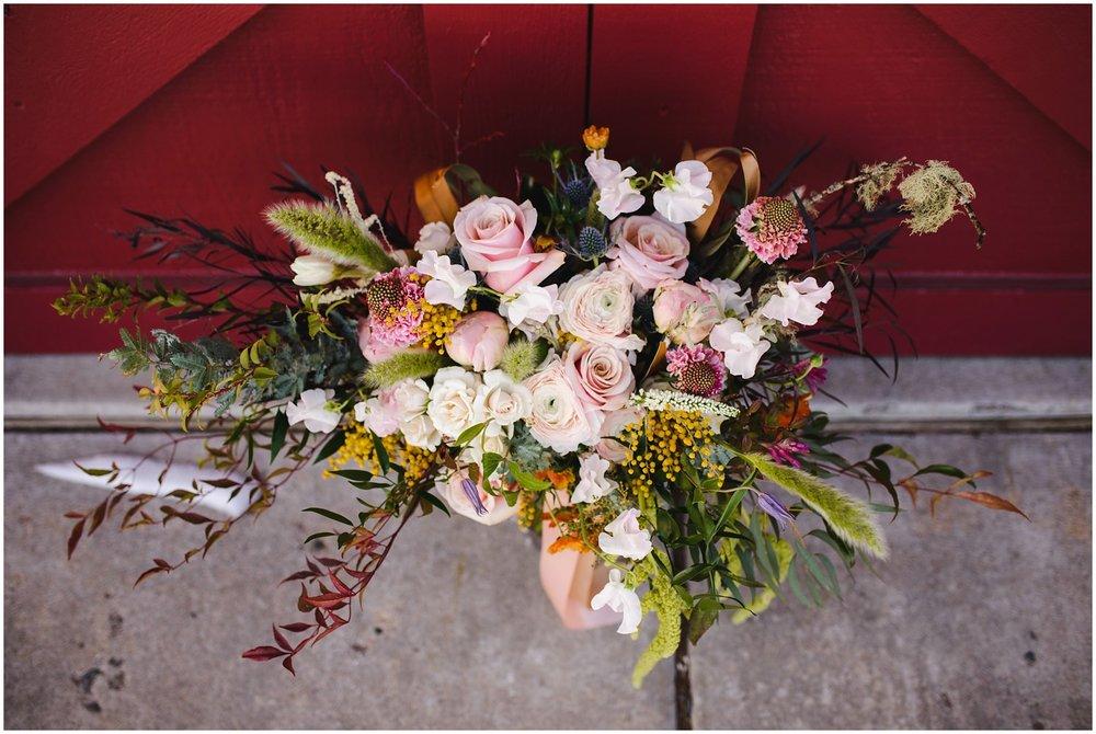 Evergreen-colorado-winter-boho-lesbian-wedding_0010.jpg