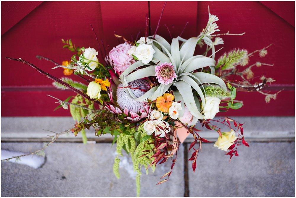 Evergreen-colorado-winter-boho-lesbian-wedding_0021.jpg