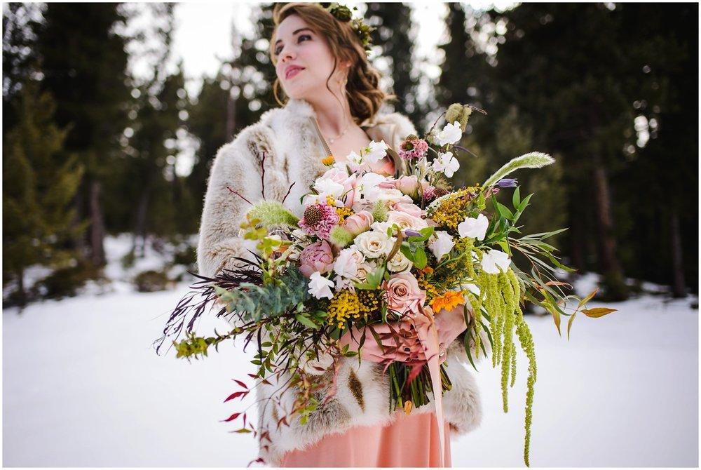 Evergreen-colorado-winter-boho-lesbian-wedding_0041.jpg
