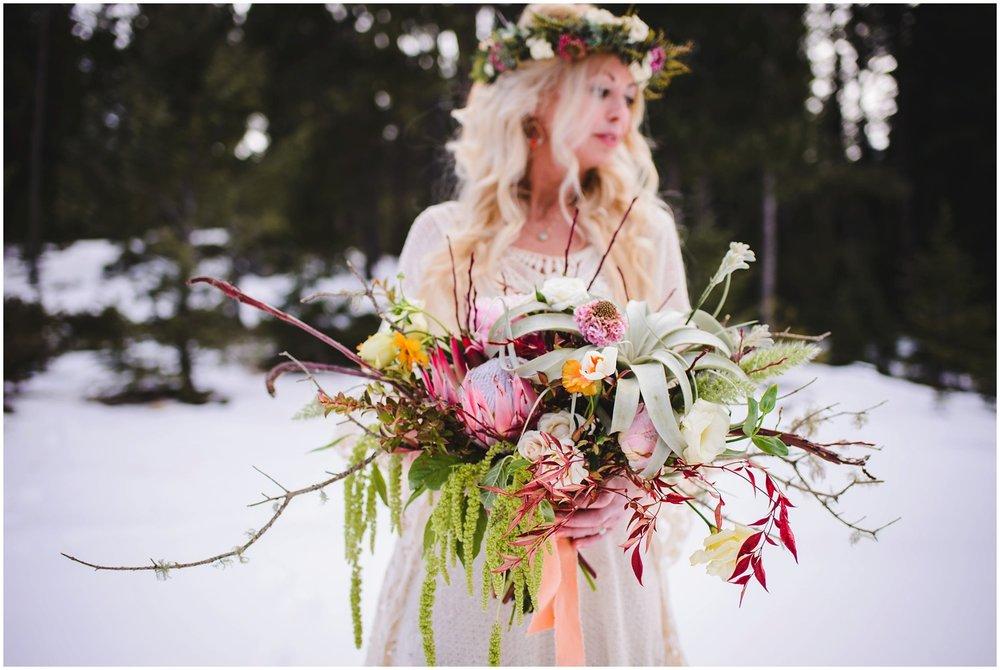 Evergreen-colorado-winter-boho-lesbian-wedding_0044.jpg
