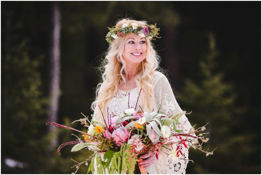 Evergreen-colorado-winter-boho-lesbian-wedding_0050.jpg