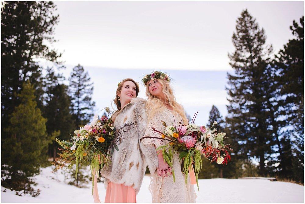 Evergreen-colorado-winter-boho-lesbian-wedding_0067.jpg