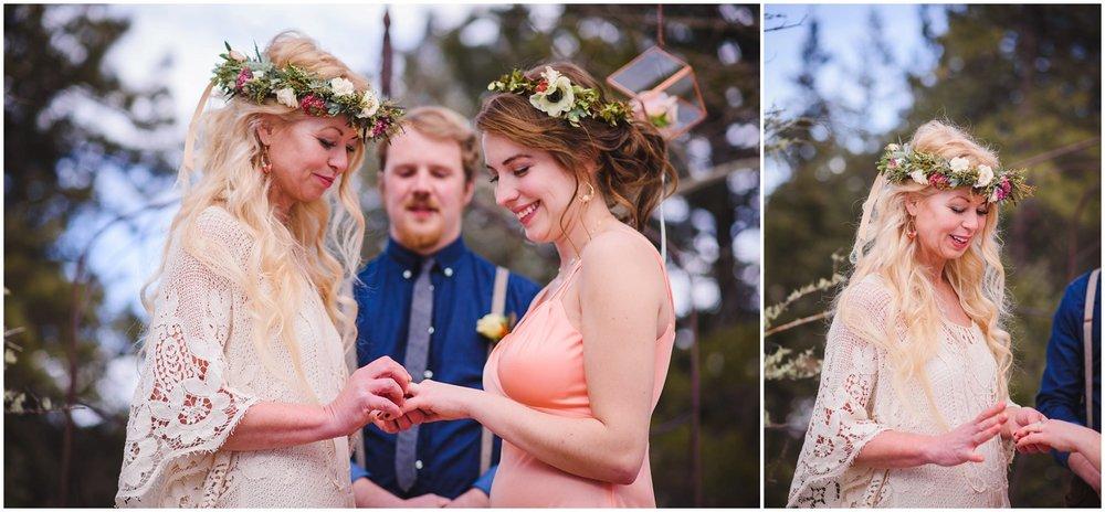 Evergreen-colorado-winter-boho-lesbian-wedding_0072.jpg