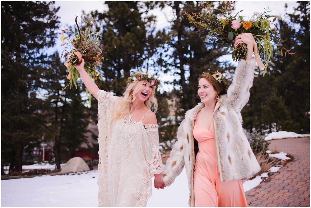Evergreen-colorado-winter-boho-lesbian-wedding_0077.jpg