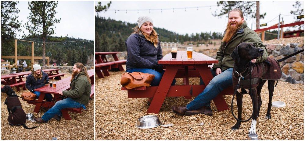 Lariat Lodge patio photos