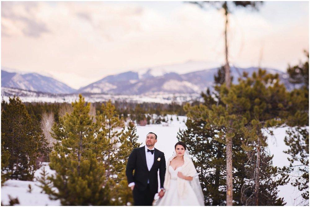 Lake-Dillon-Colorado-winter-Elopement_0048.jpg