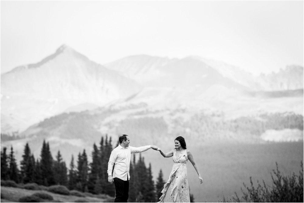 Shrine-pass-Vail-wildflower-engagement-photography_0010.jpg