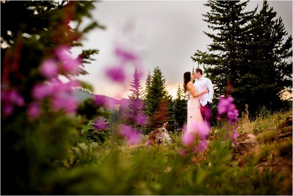 Shrine-pass-Vail-wildflower-engagement-photography_0016.jpg