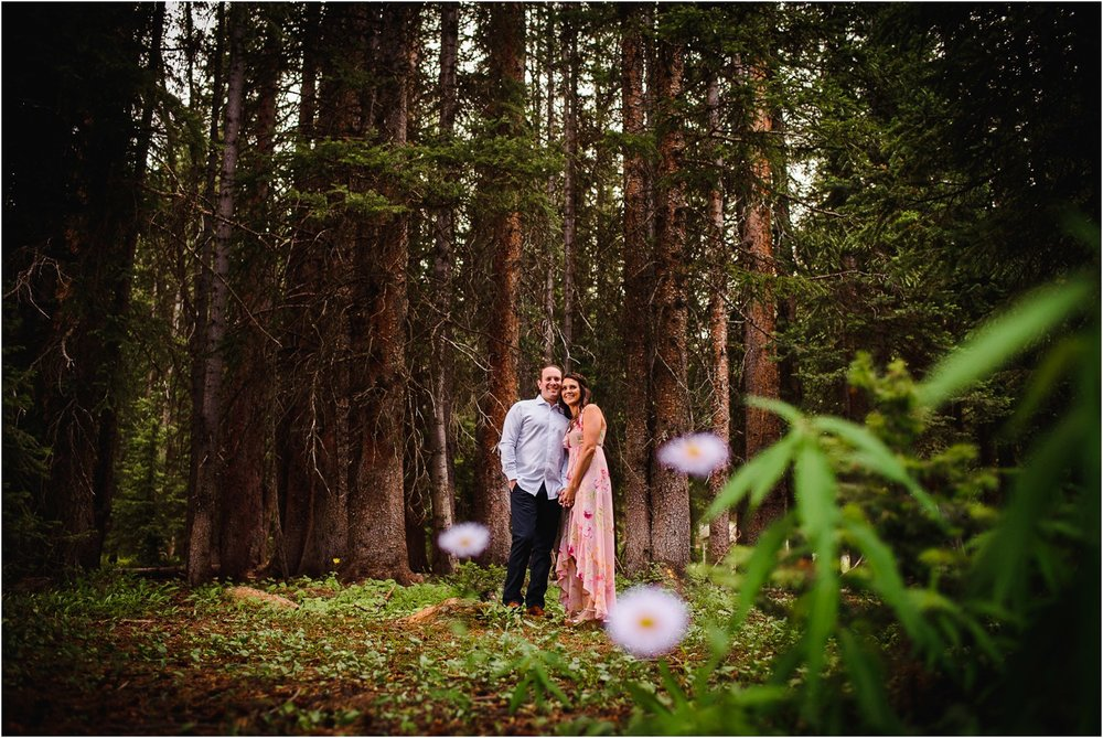 Shrine-pass-Vail-wildflower-engagement-photography_0015.jpg