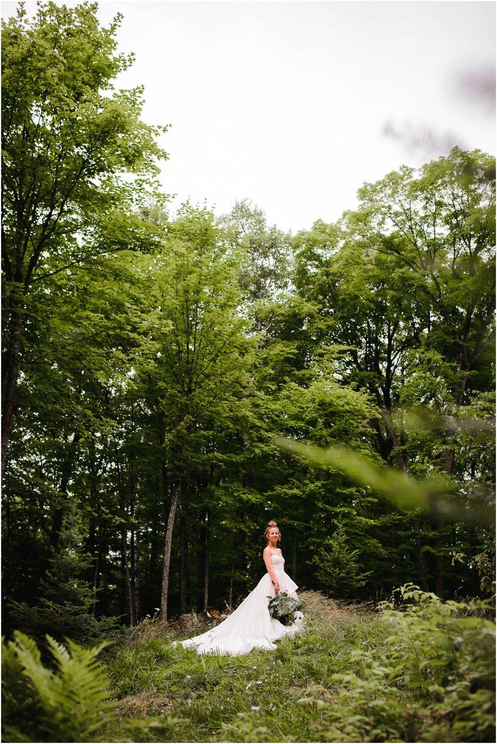 Wisconsin-north-woods-summer-lake-wedding_0106.jpg