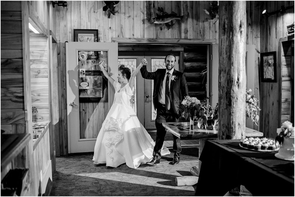 Wisconsin-north-woods-summer-lake-wedding_0141.jpg