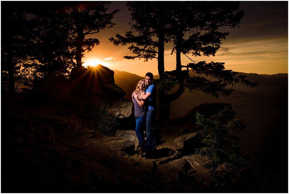 143-lookout-mountain-Golden-sunset-engagement-photography.jpg