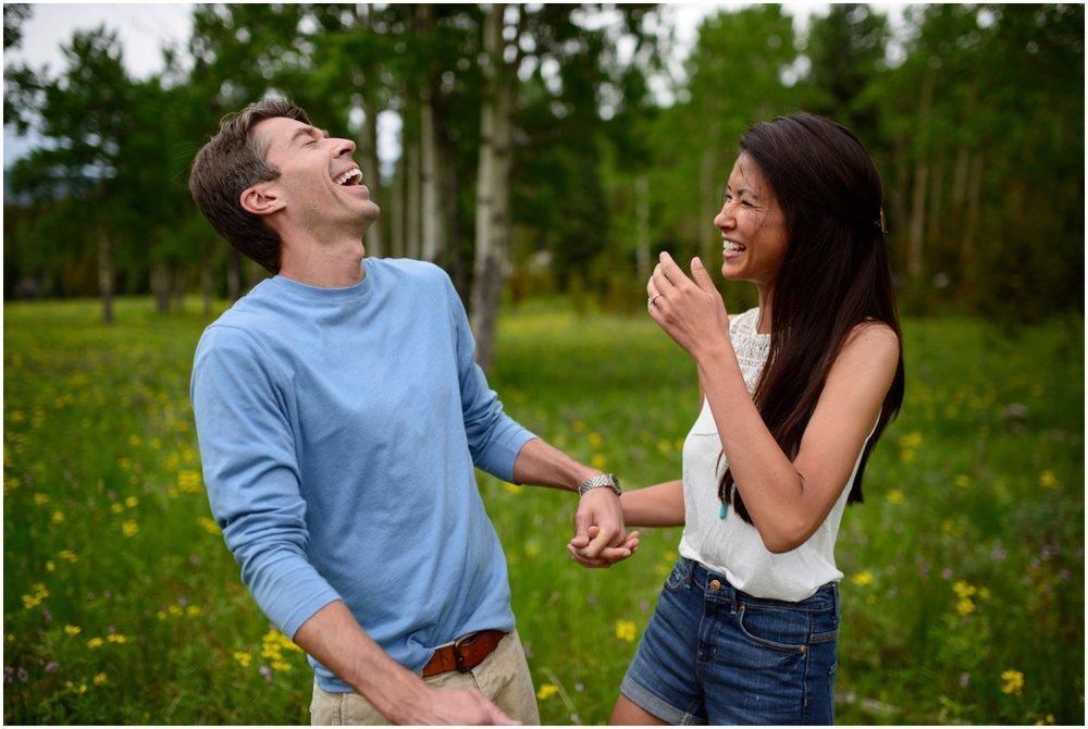 21-Evergreen-wildflower-engagement-photography.jpg