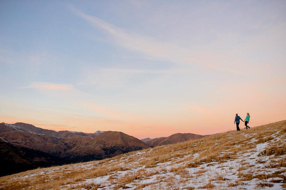 150-Loveland-pass-mountain-winter-engagement-photography.jpg