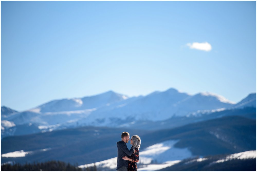 02-summit-county-south-park-engagement-photography.jpg