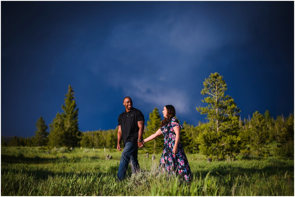 27-Summit-county-mountain-engagement-photography.jpg