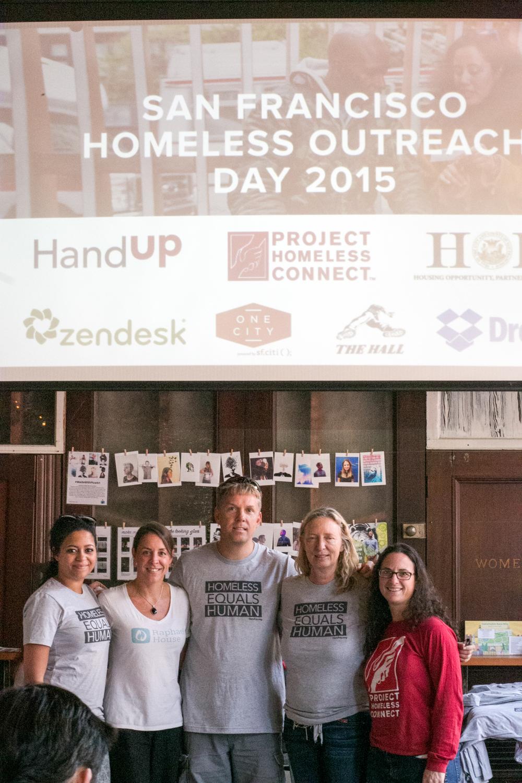 HandUp Outreach 2015-30.jpg
