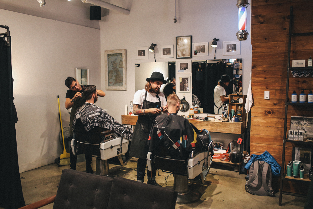 Barber shop @ Frank & Oak